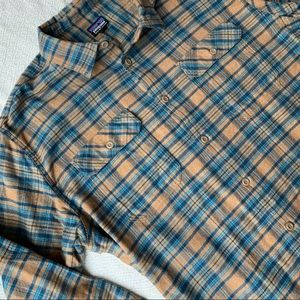 Patagonia Organic Cotton Flannel Size XL